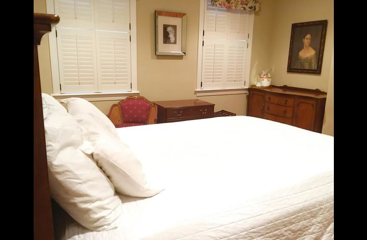 Second bedroom has queen-size bed and en suite bathroom.